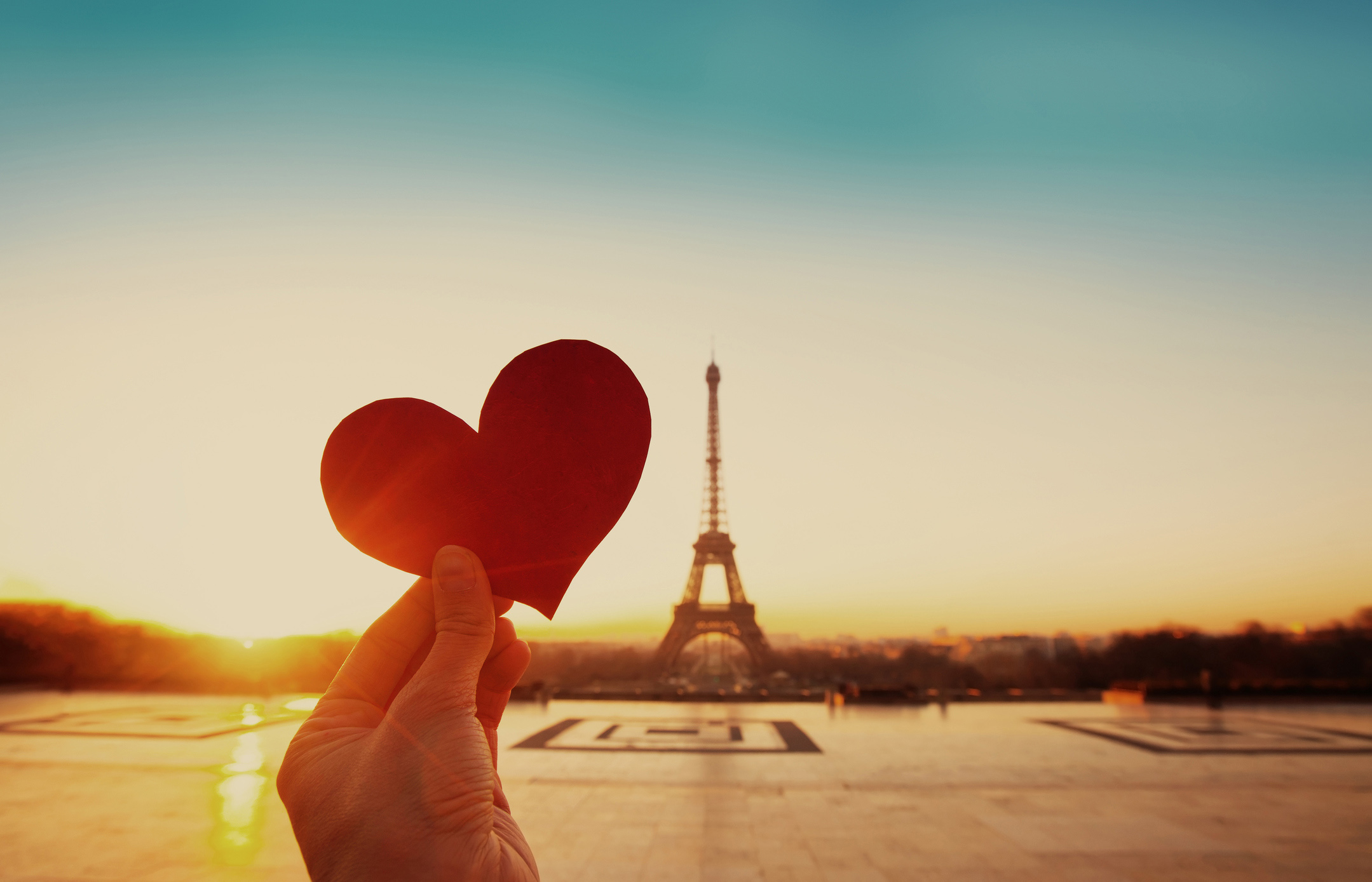 felt heart in front of Eiffel Tower