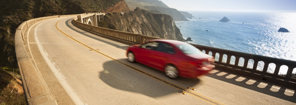 speeding-car-california